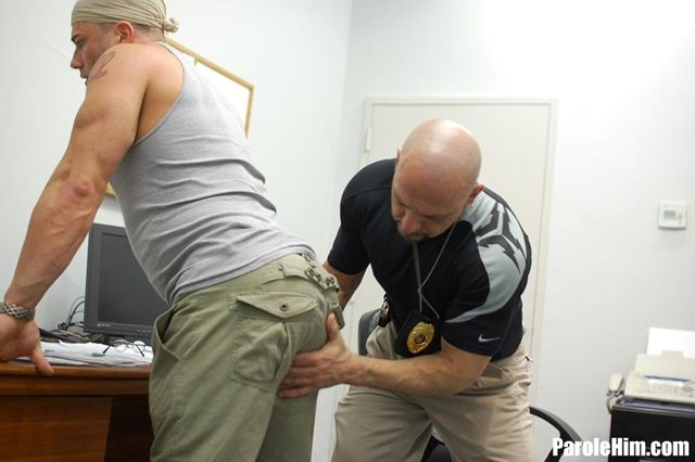 Parole-Him-Benny-G-takes-a-Parole-Officers-fat-cock-03-gay-porn-pics-photo