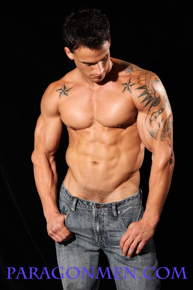 Marcel-MRod-Paragon-Men-all-american-boy-naked-muscle-men-nude-bodybuilder-photo02-gay-porn-pics-photo
