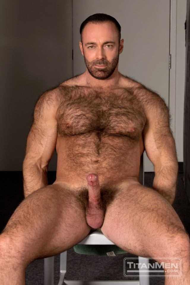 Brad-Kalvo-and-Tate-Ryder-Titan-Men-gay-porn-stars-rough-older-men ...: nakedmenbigdicks.com/tag/big-dick/page/4