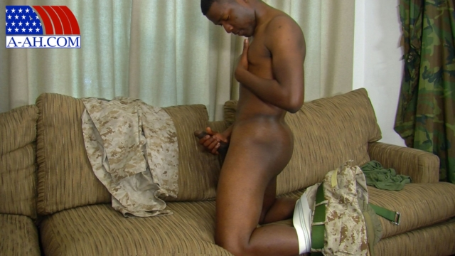 Ryan-All-American-Heroes-nude-amateur-men-gay-porn-soldiers-sailors-firefighters-policemen-06-pics-gallery-tube-video-photo