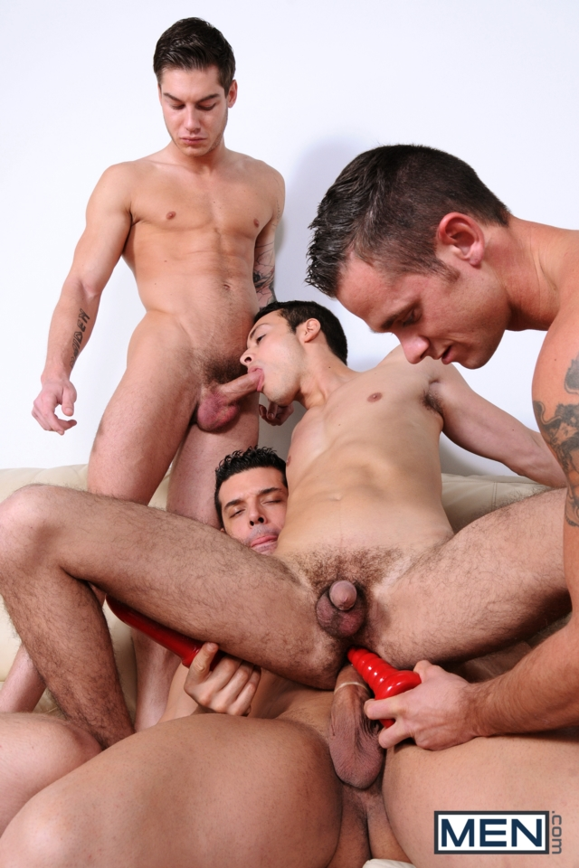 Cooper-Reed-and-Jimmy-Johnson-Men-com-Gay-Porn-Star-hung-jocks-muscle-hunks-naked-muscled-guys-ass-fuck-group-orgy-07-gallery-video-photo