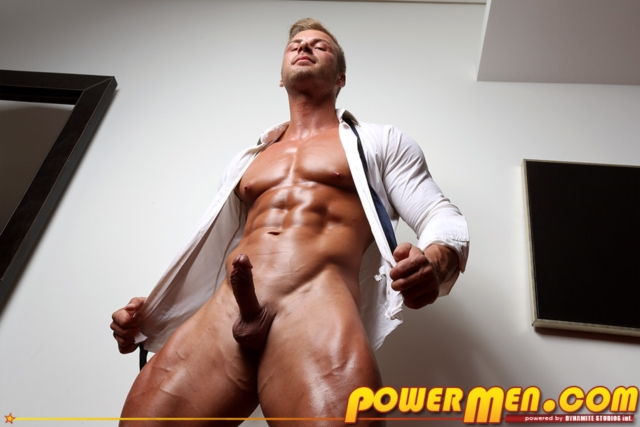 Kane-Griffin-Muscle-Hunks-nude-gay-bodybuilders-porn-muscle-men-muscled-hunks-big-uncut-cocks-tattooed-ripped-06-gallery-video-photo