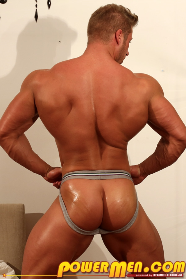 Kane-Griffin-Muscle-Hunks-nude-gay-bodybuilders-porn-muscle-men-muscled-hunks-big-uncut-cocks-tattooed-ripped-12-gallery-video-photo