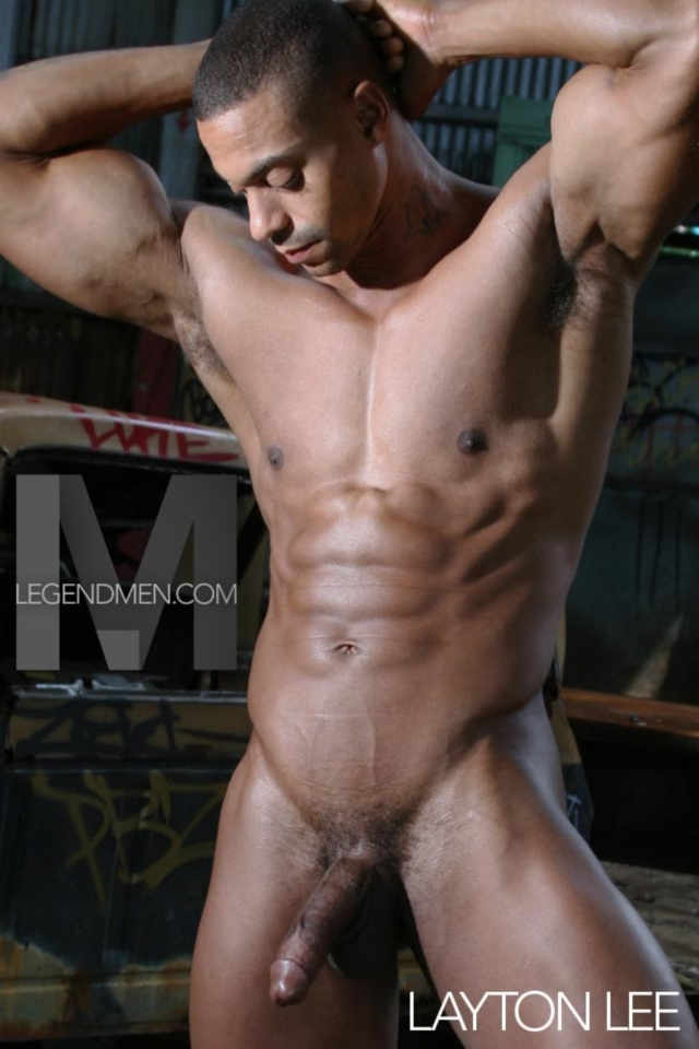 Legend-Men-Real-Muscle-Men-naked-bodybuilder-nude-bodybuilders-big-muscle-Layton-Lee-gallery-video-photo