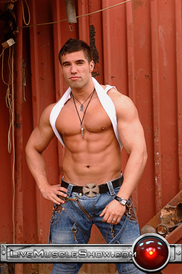 Lucas-Diangelo-Live-Muscle-Show-Gay-Porn-Naked-Bodybuilder-nude-bodybuilders-gay-fuck-muscles-big-muscle-men-gay-sex-002-gallery-video-photo