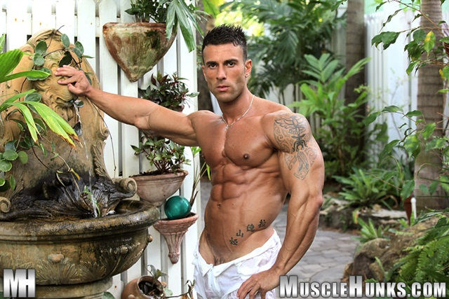 Gianluigi Volti Strips Naked and Strokes His Big Hard Cock 01 Ripped Muscle Bodybuilder Strips Naked and Strokes His Big Hard Cock torrent photo1 - A very big dick Gianluigi Volti shed his inhibitions by the pool
