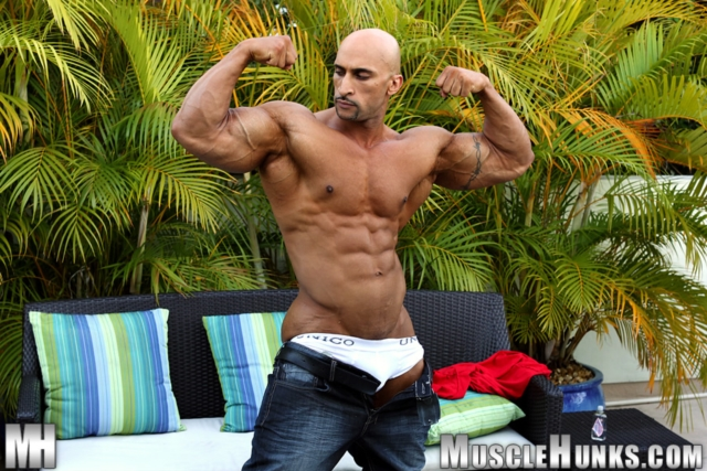 Rico Cane Muscle Hunks nude gay bodybuilders porn muscle men muscled hunks big uncut cocks tattooed ripped 01 pics gallery tube video photo - Rico Cane