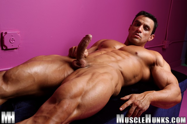 muscle men 2 muscle hunks  Macho Nacho