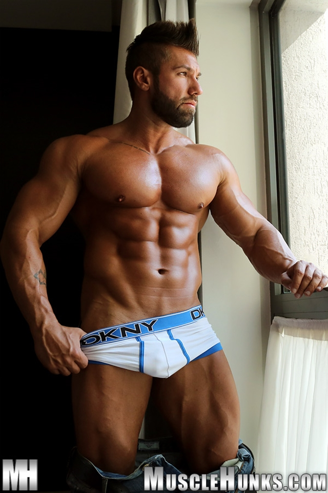 naked hunks muscle and male naked hunks muscle and male naked hunks
