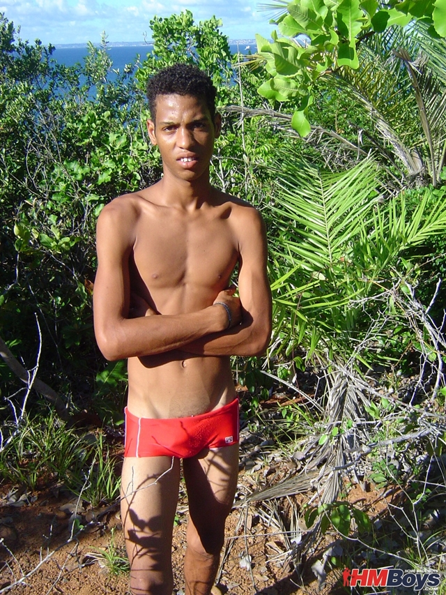 HMBoys-young-black-boy-Junior-swimwear-outdoors-jerks-small-boy-cock-spurts-boy-cum-brown-skin-009-male-tube-red-tube-gallery-photo