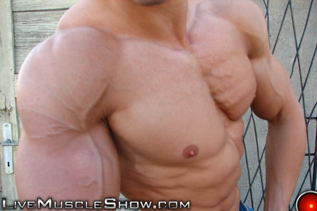 live muscle show  Patrick