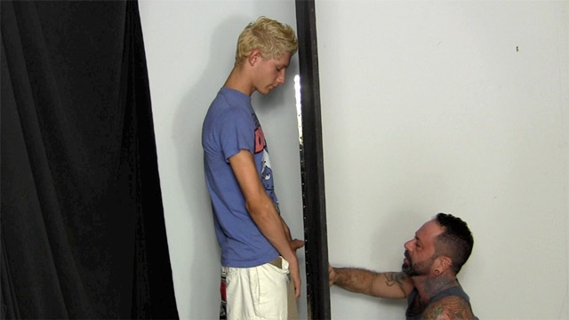 Straight Fraternity Scrappy shoots huge load Franco mouth 001 male tube red tube gallery photo - Scrappy and Franco