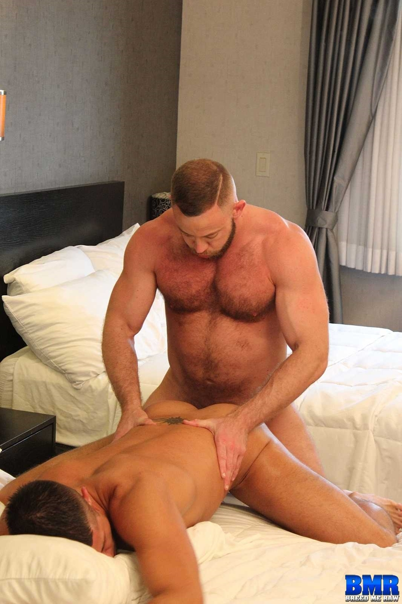 BreedMeRaw-Shay-Michaels-Dylan-Saunders-beefy-body-curved-cock-fuck-cum-slut-hairy-beard-ass-cheeks-bareback-ass-hole-016-tube-download-torrent-gallery-sexpics-photo