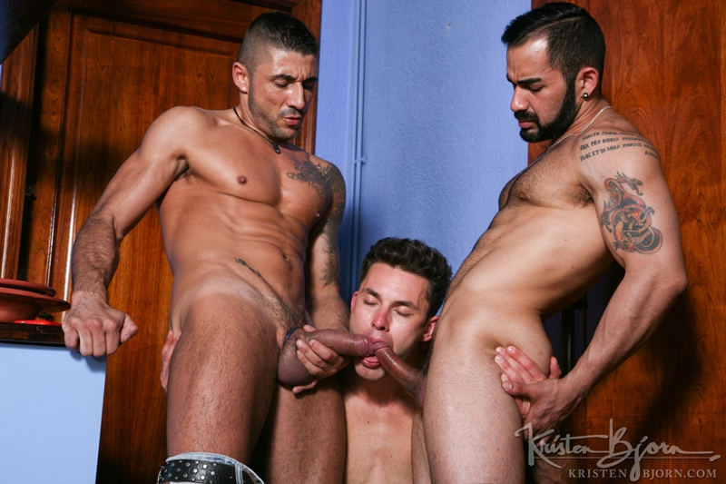 KristenBjorn-Max-Toro-Angle-Lobo-tag-team-James-Castle-bareback-fucking-rimming-cocksucking-raw-asshole-big-cock-018-tube-download-torrent-gallery-sexpics-photo