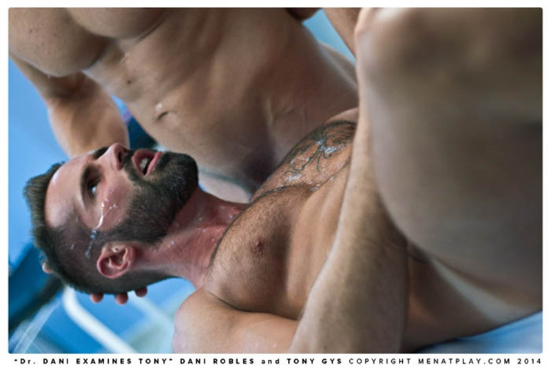 MenatPlay-naked-men-big-dicks-Handsome-doctor-Danie-Robles-28-year-old-patient-muscle-boy-Tony-Gys-018-tube-download-torrent-gallery-sexpics-photo