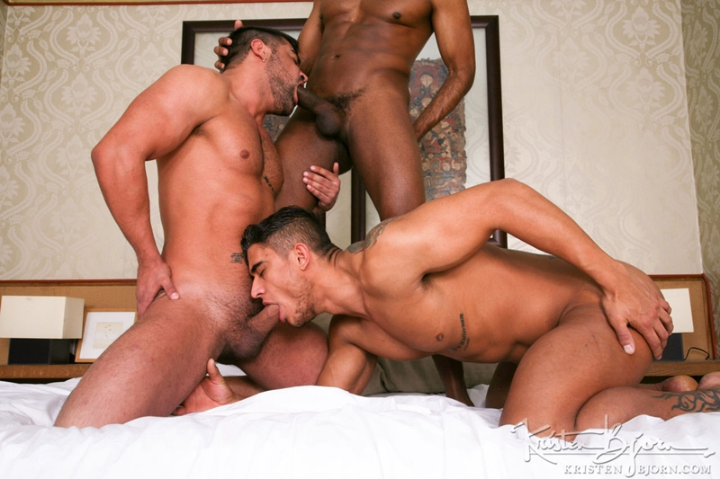 KristenBjorn-William-Bravo-Wagner-Vittoria-big-cock-asshole-Diego-Lauzen-fucking-rimming-cockcucker-balls-feeds-load-016-tube-download-torrent-gallery-sexpics-photo