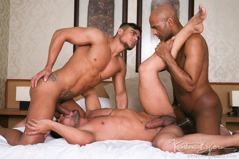 KristenBjorn-William-Bravo-Wagner-Vittoria-big-cock-asshole-Diego-Lauzen-fucking-rimming-cockcucker-balls-feeds-load-018-tube-download-torrent-gallery-sexpics-photo