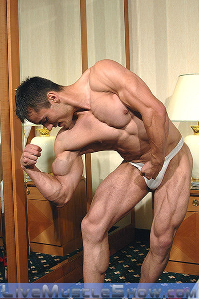 LiveMuscleShow-Axel-Agabo-ripped-six-pack-abs-muscled-body-lean-muscle-mass-dirty-talk-nude-bodybuilder-masculine-man-004-tube-download-torrent-gallery-sexpics-photo