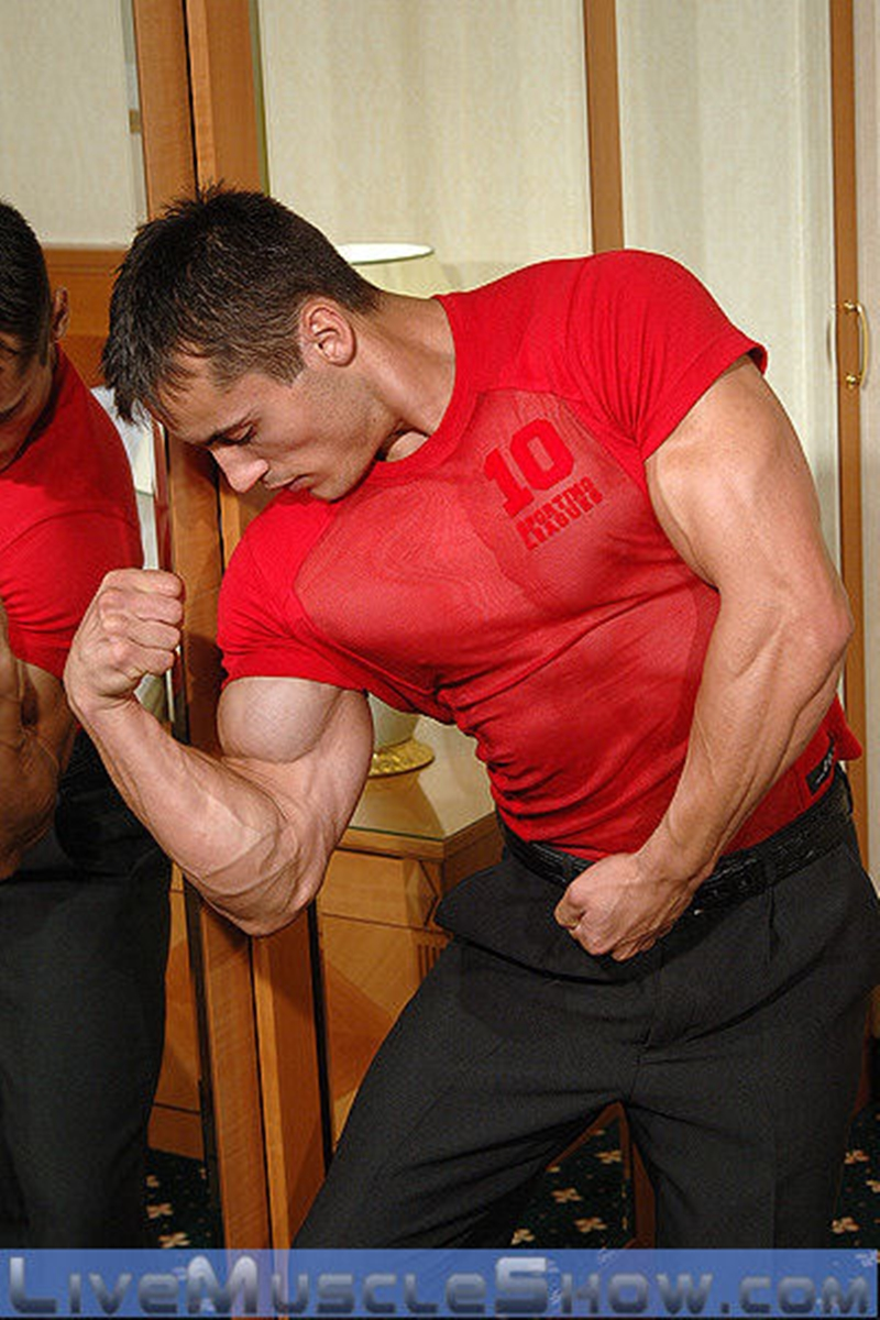 live muscle show  Axel Agabo
