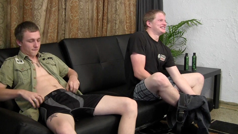 StraightFraternity 21 year old Warren 23 years age married guy Shawn stroke big straight dicks blow jobs shoot jizz shot 003 tube video gay porn gallery sexpics photo - 21 year old Warren and 23 year old married guy Shawn demonstrate how they like to be stroked
