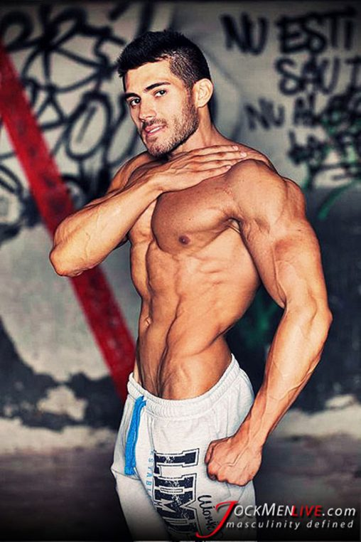 JockMenLive-jock-men-live-shredded-muscle-show-Johnny-Cool-massive-muscle-bodybuilder-naked-muscleman-huge-arms-lats-ripped-abs-001-gay-porn-sex-gallery-pics-video-photo