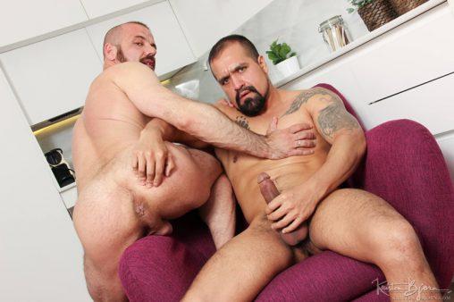 KristenBjorn-sexy-big-muscle-hunk-Amir-Dib-Felipe-Ferro-huge-large-long-uncut-european-dick-tattooed-muscleboy-cumshot-cocksucker-anal-assplay-001-gay-porn-sex-gallery-pics-video-photo