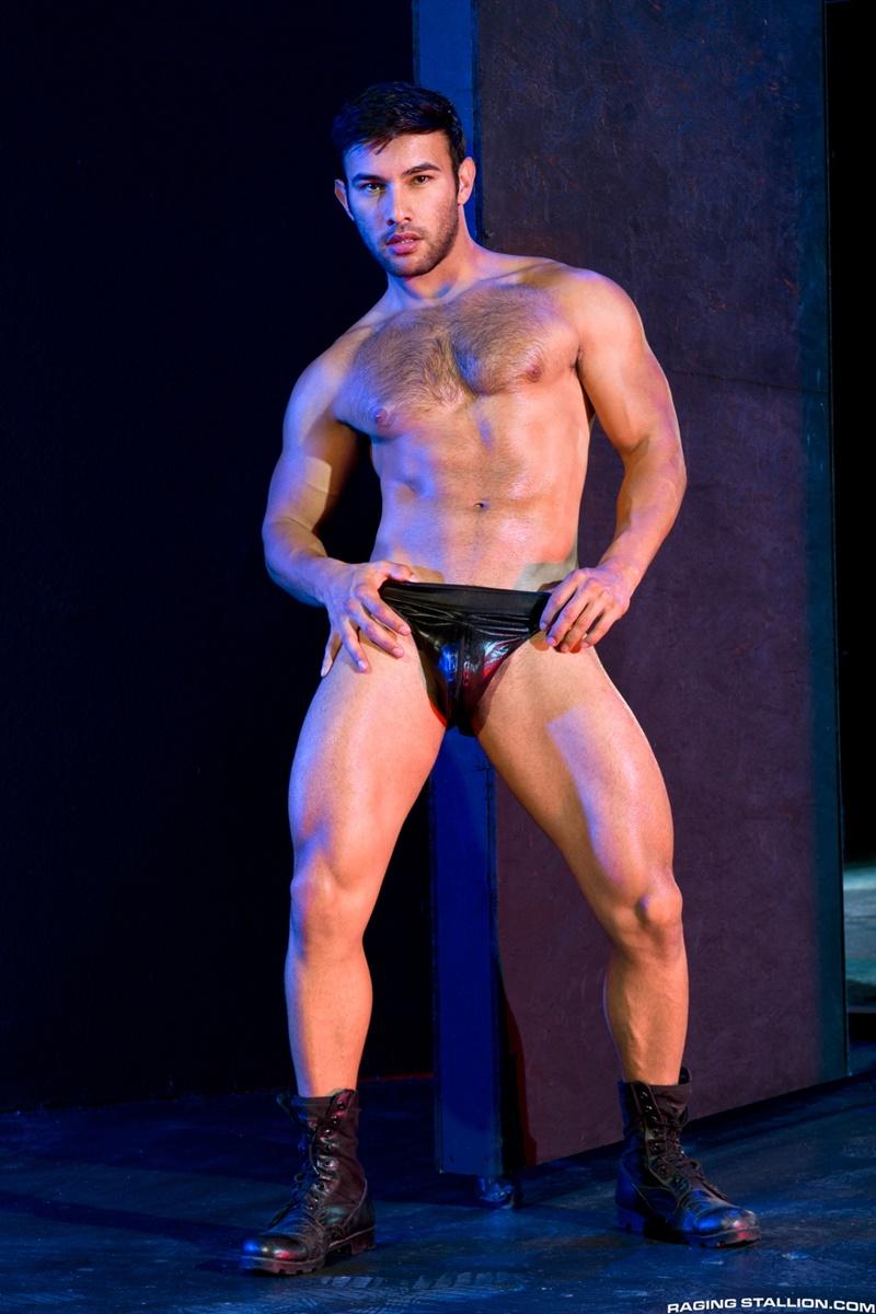 RagingStallion-dark-room-Dorian-Ferro-muscle-worship-Sean-Zevran-big-low-hanging-balls-huge-erect-hard-cock-to-ass-muscled-hairy-chest-006-gay-porn-sex-gallery-pics-video-photo