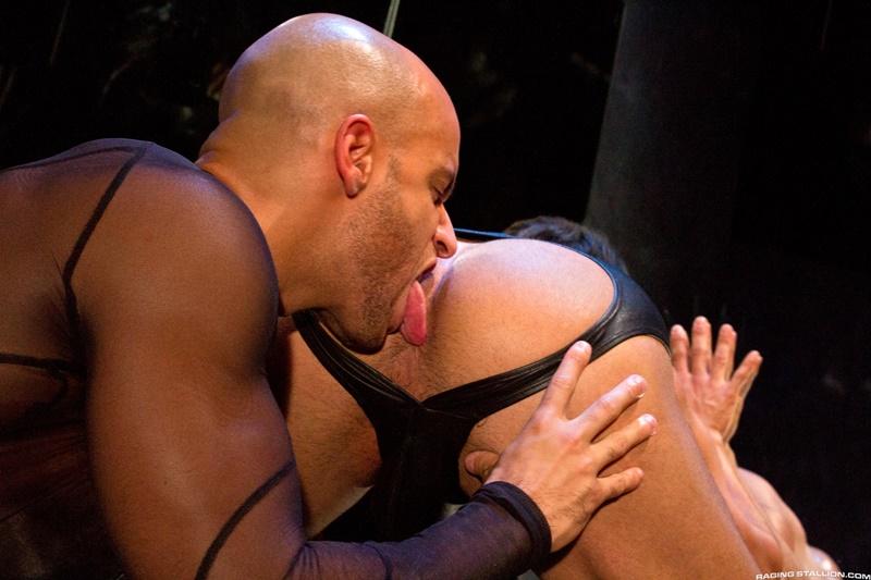 RagingStallion-dark-room-Dorian-Ferro-muscle-worship-Sean-Zevran-big-low-hanging-balls-huge-erect-hard-cock-to-ass-muscled-hairy-chest-008-gay-porn-sex-gallery-pics-video-photo