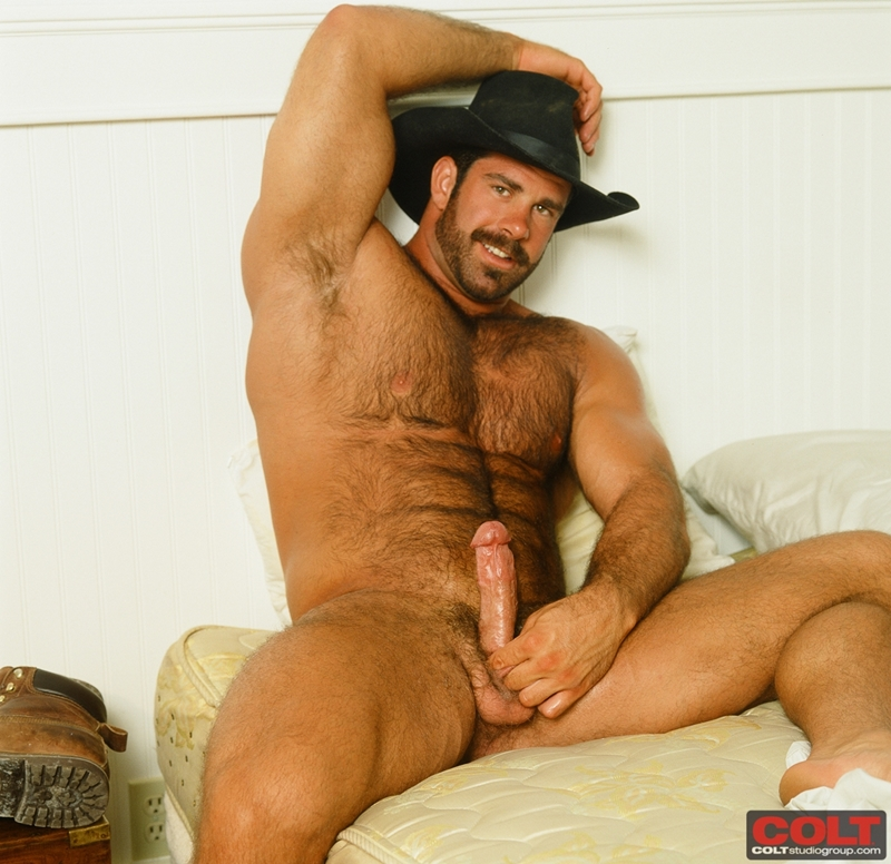 ColtStudios-Pete-Kuzak-world-famous-Colt-Man-masculine-male-gay-porn-stars-1970-1980-012-tube-download-torrent-gallery-sexpics-photo