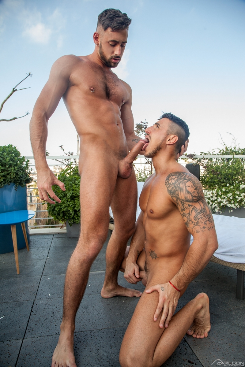 Men for Men Blog Klein-Kerr-Massimo-Piano-naked-muscle-men-fucking-giant-cock-FalconStudios-006-gay-porn-pictures-gallery Klein Kerr gets his hot ass hole filled bouncing up and down on Massimo Piano's giant cock Falcon Studios