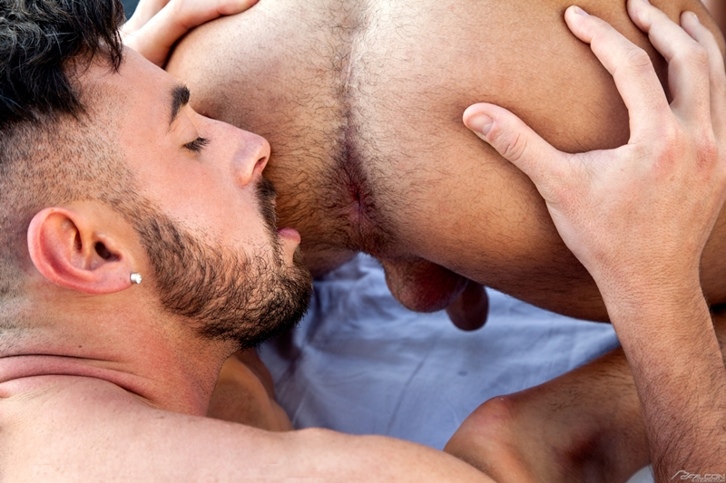 Men for Men Blog Klein-Kerr-Massimo-Piano-naked-muscle-men-fucking-giant-cock-FalconStudios-009-gay-porn-pictures-gallery Klein Kerr gets his hot ass hole filled bouncing up and down on Massimo Piano's giant cock Falcon Studios