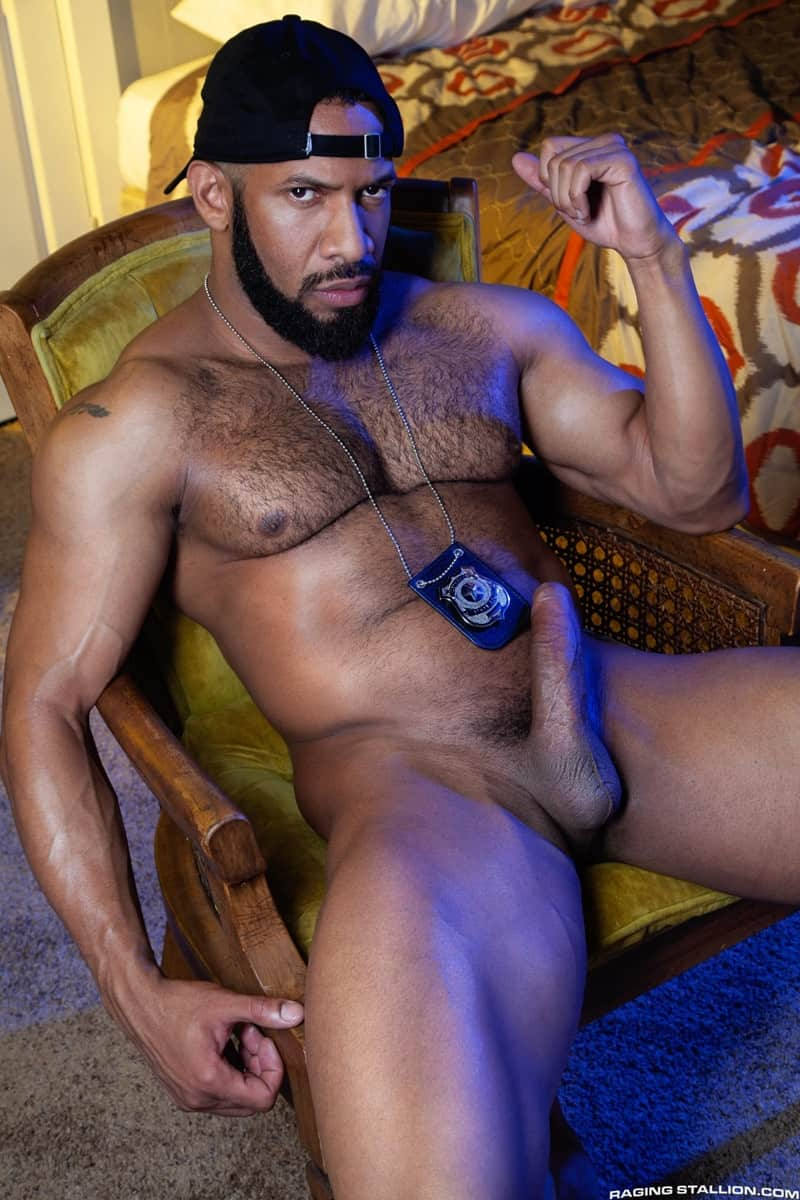 Men for Men Blog Jay-Landford-Lorenzo-Flexx-bareback-fucking-big-black-cock-muscle-ass-hole-RagingStallion-007-gay-porn-pictures-gallery Jay Landford takes ownership of Lorenzo Flexx's hole with passionate kisses and long driving thrusts of his raw glistening cock Raging Stallion