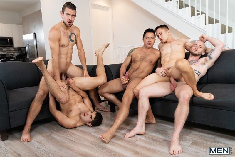 Men for Men Blog Cazden-Hunter-Dante-Colle-Colton-Grey-Dominic-Pacifico-Marcus-Tresor-Gay-group-orgy-Men-014-gay-porn-pictures-gallery Gay group orgy with Cazden Hunter, Dante Colle, Colton Grey, Dominic Pacifico and Marcus Tresor Men