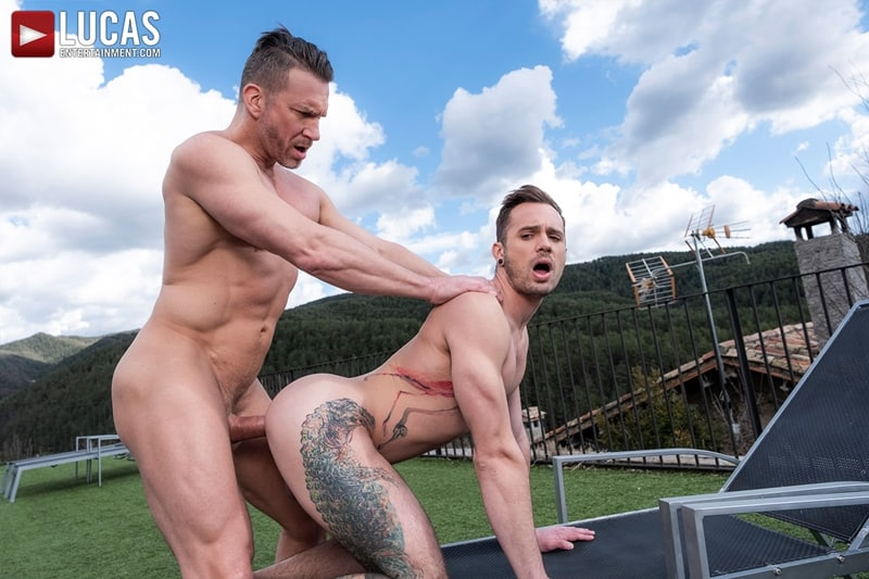 Muscle-Daddy-Tomas-Brand-bareback-fucks-Drake-Rogers-hot-bubble-butt-Ass-LucasEntertainment-026-Gay-Porn-Pics