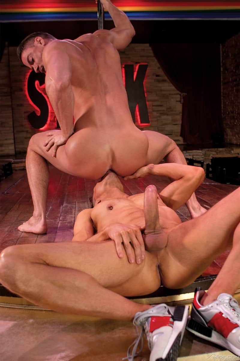 FalconStudios-Horny-studs-Skyy-Knox-Ethan-Chase-flip-flop-ass-fucking-stripper-stage-011-gay-porn-pics