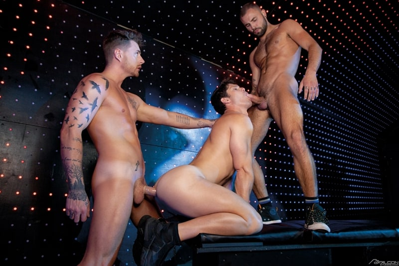 Josh-Moore-Jeffrey-Lloyds-huge-cocks-spit-roasting-Devin-Franco-hot-bubble-butt-ass-hole-FalconStudios-012-Gay-Porn-Pics