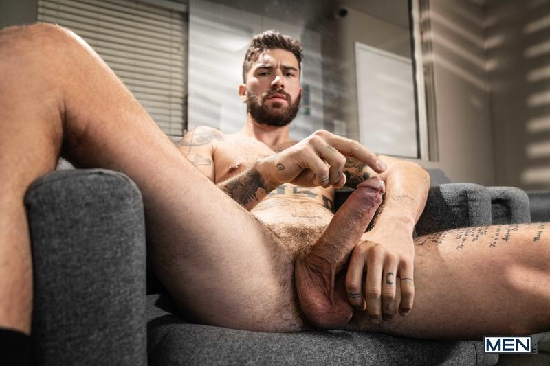 Men sexy muscled hulk Chris Damned huge thick uncut cock raw fucking young hottie Joey Mills 5 image gay porn - Men sexy muscled hulk Chris Damned's huge thick uncut cock raw fucking young hottie Joey Mills
