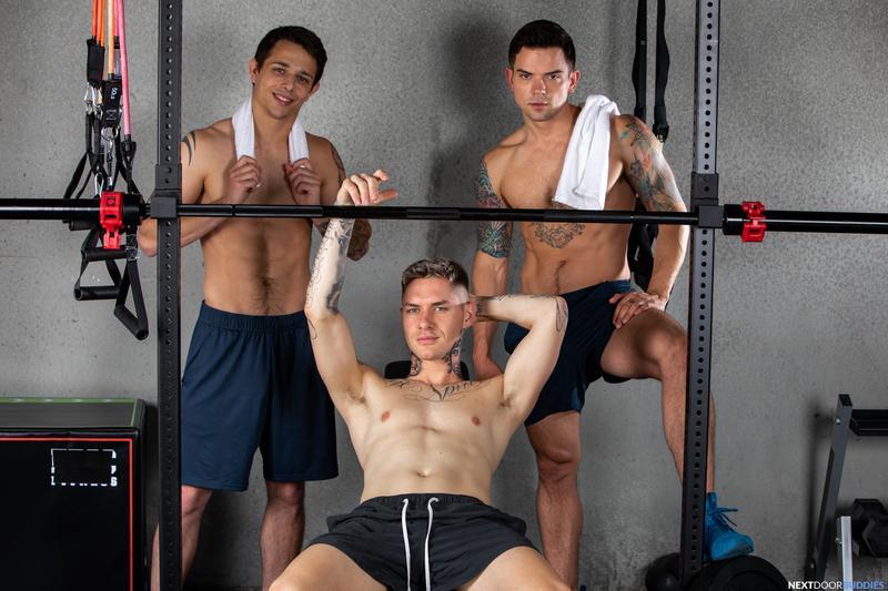 Horny gay gym threesome Dakota Payne Zak Bishop Kyle Wyncrest big dick anal Next Door Buddies 9 image gay porn - Horny gay gym threesome Dakota Payne, Zak Bishop and Kyle Wyncrest's big dick anal at Next Door Buddies