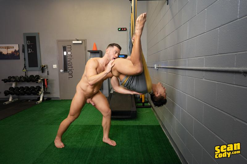 Hottie Asian stud Dale hot bubble ass raw fucked horny muscle boy Deacon huge raw cock 10 image gay porn - Hottie Asian stud Dale's hot bubble ass raw fucked by horny muscle boy Deacon's huge raw cock